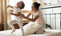 Prevent-falls-injuries-children-tn