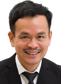 Dr Jim Teo Yeow Kwan specialises in Respiratory Medicine and is